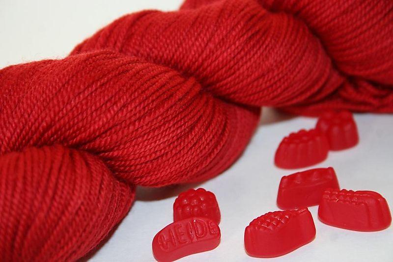 Sandis red