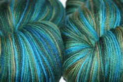 For_aft_worsted_lg_up_close